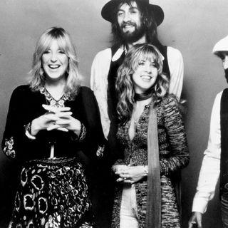 aquela playlist #1245 #FleetwoodMac #wearamask #stayhome #wonderwoman #f9 #xbox #twd #mayansmc #LaRemesaMala