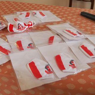 Mascherine biancorosse, prodotte e donate dai tifosi. Ricavato al San Bortolo