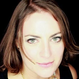 Angela Greco (@angelajgreco) - How To Make Sense Of Teaching Online