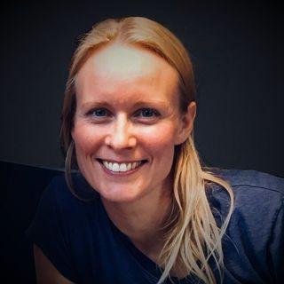 37: Lad følelserne få plads: Kropsorienteret psykoterapi og core energetics - Lena Clausen