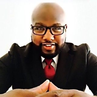Pastor Lee