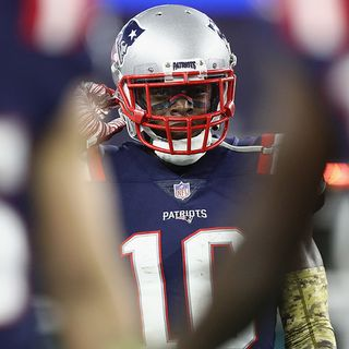 Patriots Players Hope Josh Gordon Gets Help He Needs