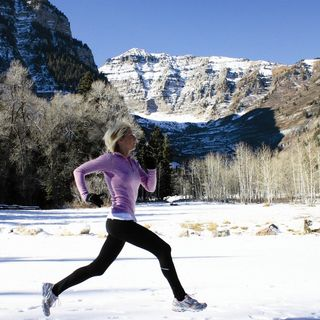 #266: Is It Bad To Run In Cold Weather, How To Heal Head Injuries As Fast As Possible, Hemp vs. Whey Protein & Much More!