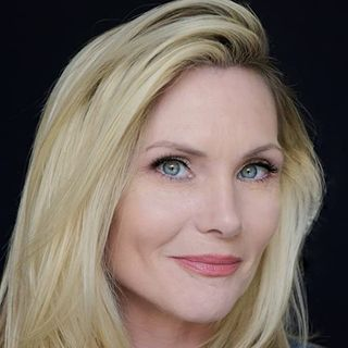 Amy Locane Interview