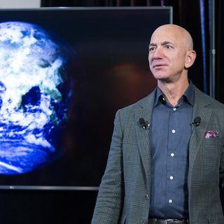 Bezos contro Musk, scontro tra miliardari per la luna