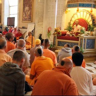 """FdD - """"Meditazione ad occhi aperti: come meditare in modo positivo verso bellezza,verità e amore"""" ~ Ramacandra Das (13 giugno 2021)"""