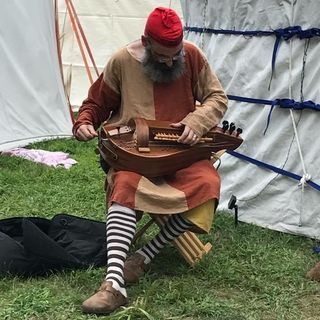 Hurdy Gurdy at The Pennsic War