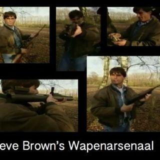 """""""Zware Jongens"""" Veronica presentator Steve Brown's Wapenarsenaal en Vrouwenhandel."""