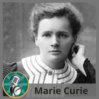 Carla Mérida con Marie Curie