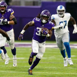 Purple People Eaters: Vikings vs Bears Preview! Playoffs or Bust & Lions Victory Takeaways!