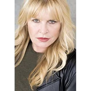 Celebrity Acting Coach/Director Amy Lyndon Teaches How to Be a Booking Expert