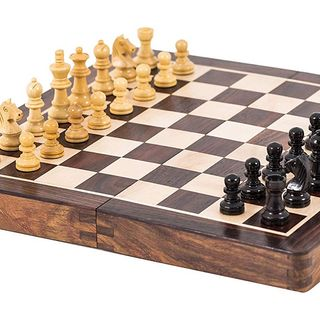 para que nos ayuda el ajedrez