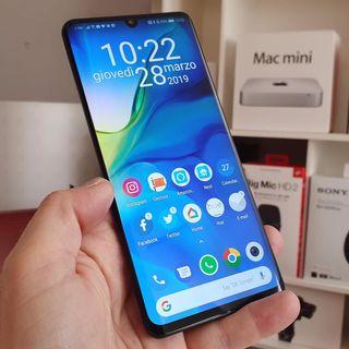 #33: Recensione P30, Italiani e cellulare, Tom Tom Go Premium, novità Fitbit, il futuro Sony Mobile