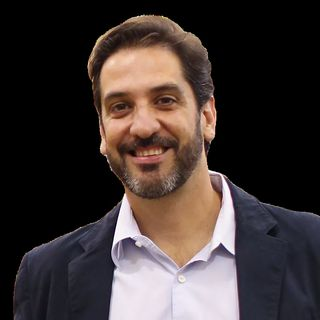 Thiago Salgado, Fundador Familia S.A.