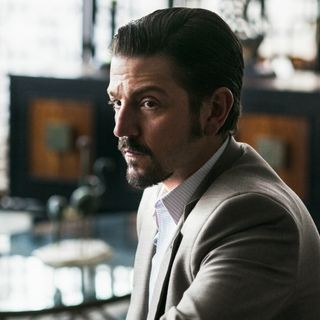 #15: Narcos: Mexico full season 1 review (with spoilers) with Darren Smith/first look at The Little Drummer Girl on AMC