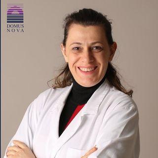 Dottori: Stefania Zauli - COME COMPORTARSI CON L'ACNE D'ESTATE