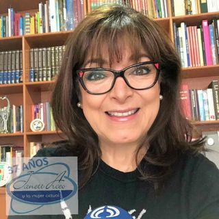 La Dra. Rosa Eugenia Chávez Calderón, Médico Foniatra, nos actualizará sobre COVID-19.