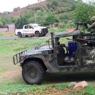 Fuerzas federales se enfrentan con integrantes de una célula delictiva en Michoacán