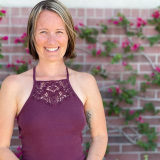 34: Burnout From Work and Life to Living the Dream: An Interview with Life Coach Sarah Leslie