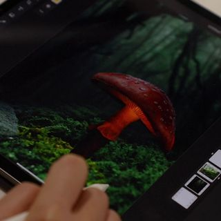 First Look At Photoshop On iPad | TWiT Bits