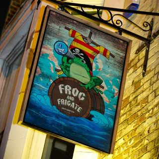 Frog & Frigate Wednesday rare tunes !