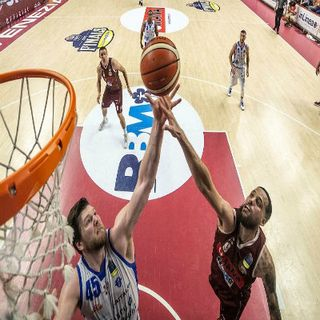 Basket - Venezia si prende il match-point
