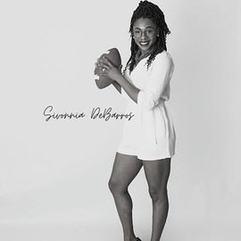 Ep. #2 – Sivonnia DeBarros – Protector of Athletes – Introduces herself and what led her to introducing What Are You Sporting About?