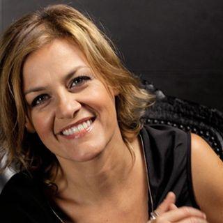 """INTERVISTA A Irene Grandi per parlare del visual album """"Lungoviaggio"""". """"LUNGOVIAGGIO"""" nasce dall'incontro del duo PASTIS"""