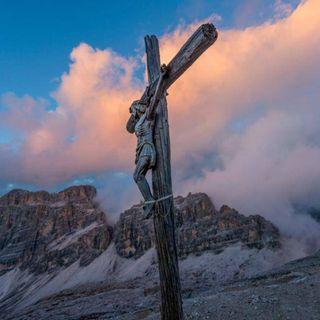 Il dizionario della montagna, Croce