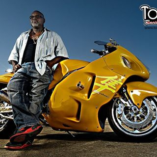 TOMMY BOLTON FIRST AFRICAN AMERICAN 200 MPH DRAGBIKE RACER