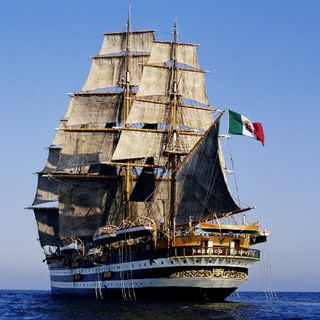 """140 anni per """"La Ritirata"""" della Marina"""