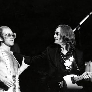 Especial ELTON JOHN AND JOH LENNON LIVE AT MADISON SQUARE GARDEN 1974 PT02 Classicos do Rock Podcast #JohnLennonWeekend #EltonJohn #ahs #twd
