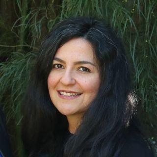 Dr. Gaby Goldstein