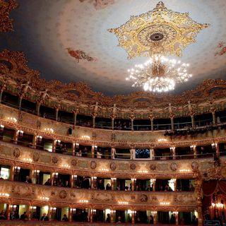 Venezianisches Finale (2/2): Ein Toter in der Oper