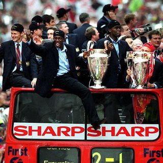 TRANSFER TIME TUNNEL: 1999 Manchester United Treble Winning Side