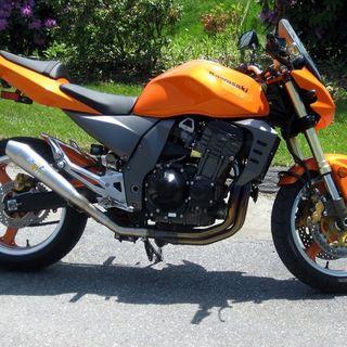Combustible ruedas y frenos reglamento motociclismo por amantini 2020