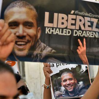 Con la condanna al giornalista Drareni l'Algeria blinda il presidente Tebboune