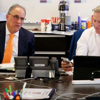 HU #253: Identifying biggest post-draft roster holes | 5 veterans Elway put on notice