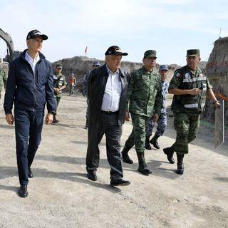AMLO supervisa avances del aeropuerto en Santa Lucía