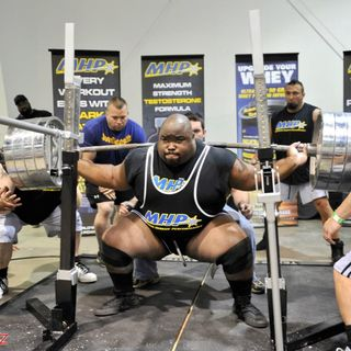 Episode 17: Crushing The First 1,000lb Raw Squat With Robert Wilkerson