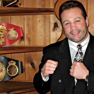 Ringside Boxing Show: Broke, but not broken, three-time champ Bobby Czyz (still brilliant) explains why he's still standing