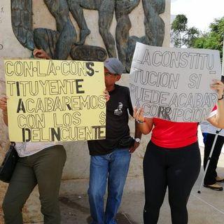 Docentes panameñ@s participan en el mitin por la Constituyente Originaria