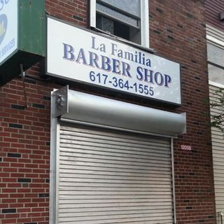 Suspect Arrested In Fatal Hyde Park Barber Shop Stabbing