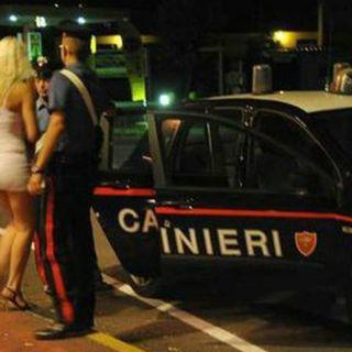 Con l'emergenza CoVid-19 a casa anche le prostitute