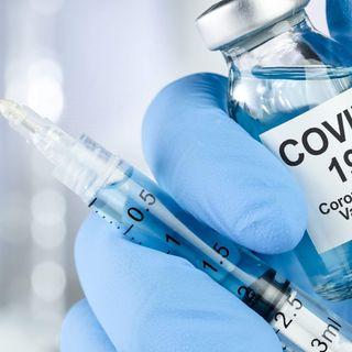 [Il vaccino Covid diventa annuale e obbligatorio: Apartheid per chi rifiuta]