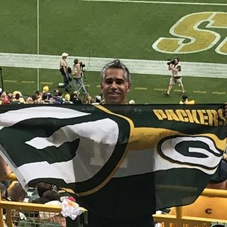 Packers Super Fan, Jaz Singh