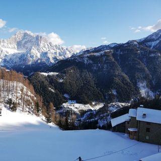 Nei villaggi delle Dolomiti con un solo abitante, qui il virus non fa paura (di Michele Galvan)