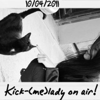 Dance to the radio - Dj Chiaretta aka Kick-(me)lady on air (10.04.2011)