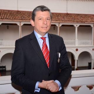 Alejandro Cheyne es el nuevo Rector de URosario