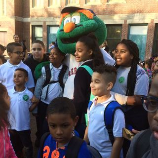 On Walk To School Day, 3,500 Boston Students Ditch The Bus